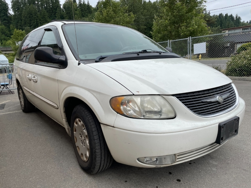 Chrysler Town & Country 2003 price $875 Cash