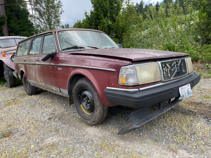 Volvo 240 1990 price $450 Cash