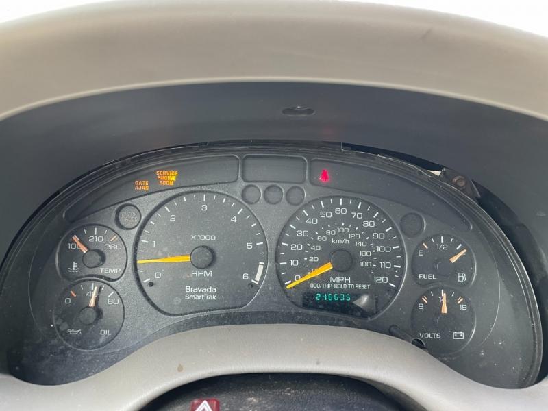 Oldsmobile Bravada 2000 price $875 Cash