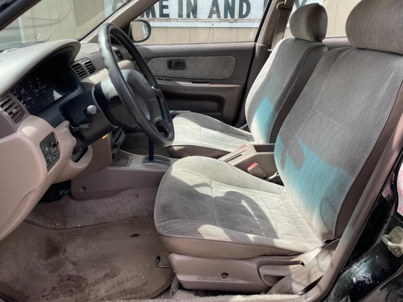 Nissan Sentra 1996 price $1,000 Cash