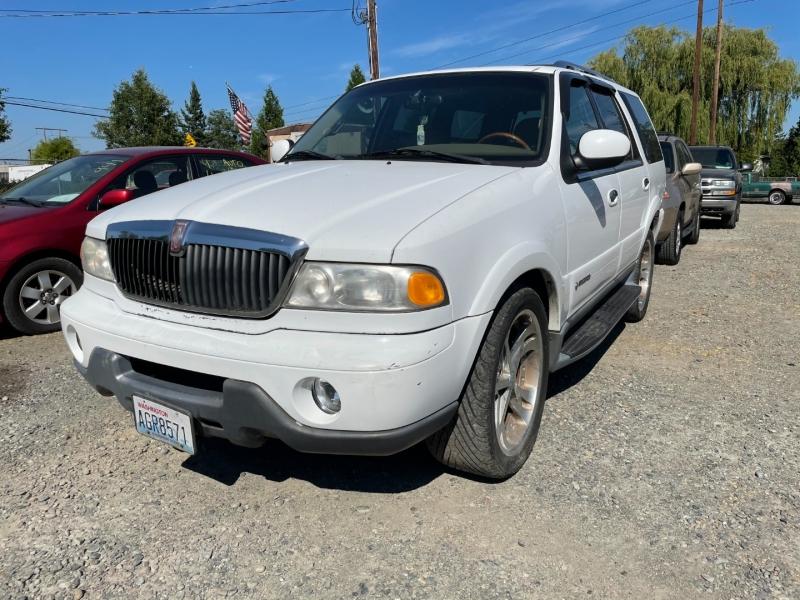 Lincoln Navigator 2000 price $1,100 Cash