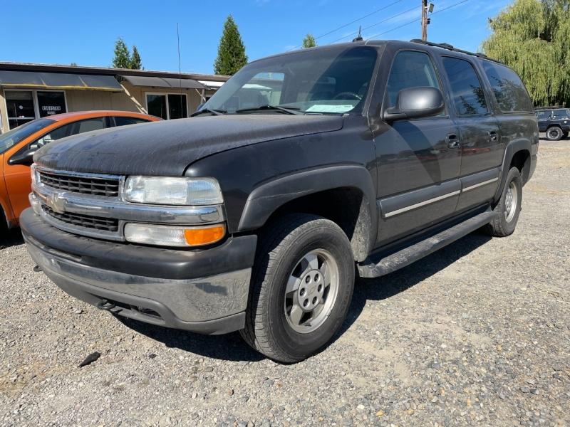 Chevrolet Suburban 2003 price $3,600 Cash