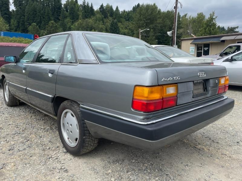 Audi 100 1990 price $1,450 Cash