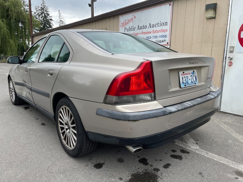 Volvo S60 2001 price $1,075 Cash