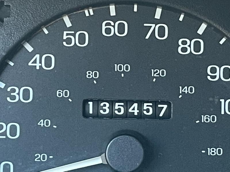 Ford Escort 1999 price $1,100