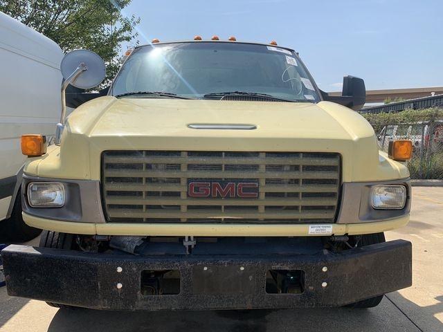 GMC TC5500 2009 price $6,990