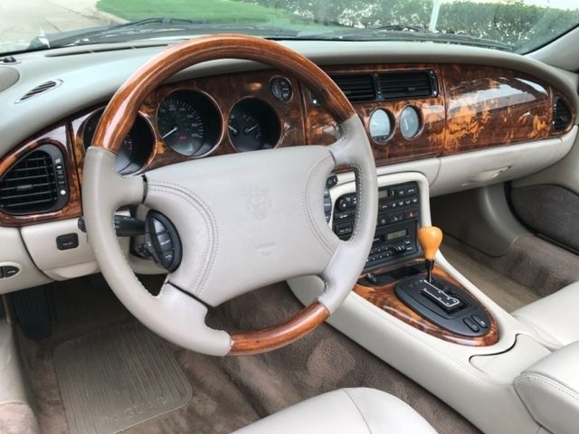 Jaguar XK 1997 price $5,990