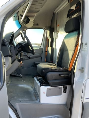 Mercedes-Benz Sprinter 2500 Cargo 2012 price $10,990