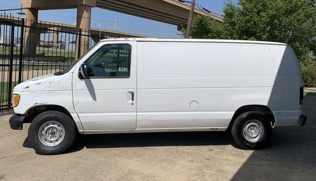 Ford Econoline E150 Cargo 1999 price $2,790