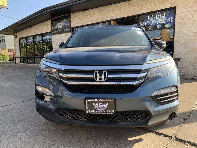 Honda Pilot 2018 price $22,990