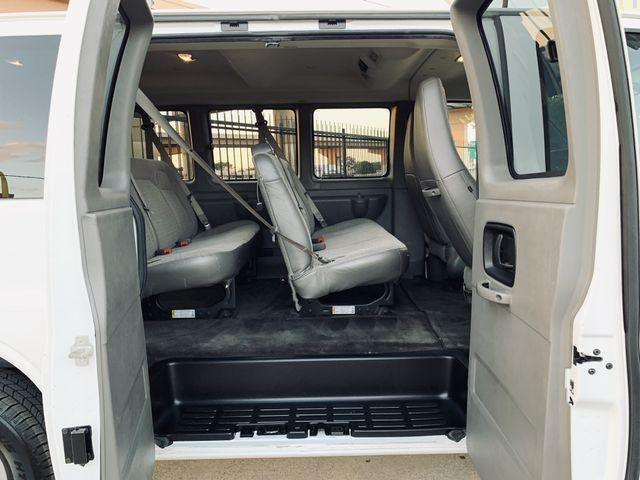Chevrolet Express 2500 Passenger 2017 price $14,490
