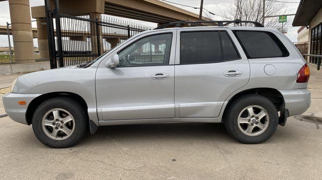 Hyundai Santa Fe 2001 price $3,490