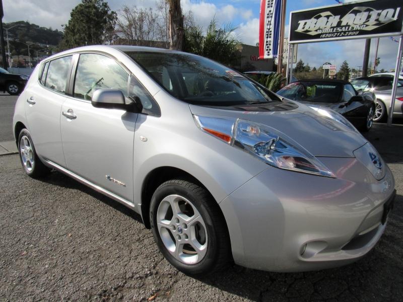 Nissan LEAF 2012 price $5,888