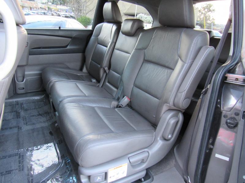 Honda Odyssey 2011 price $11,888