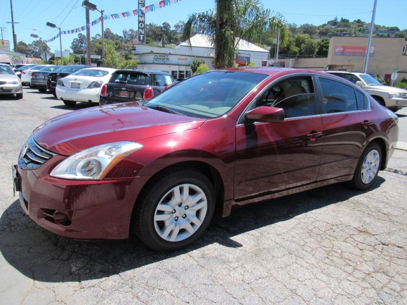Nissan Altima 2012 price $7,888
