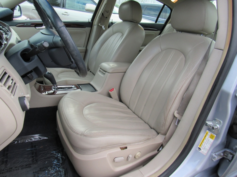 Buick Lucerne 2006 price $5,588
