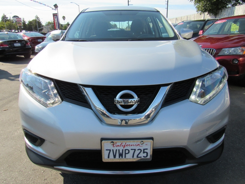 Nissan Rogue 2015 price $14,888