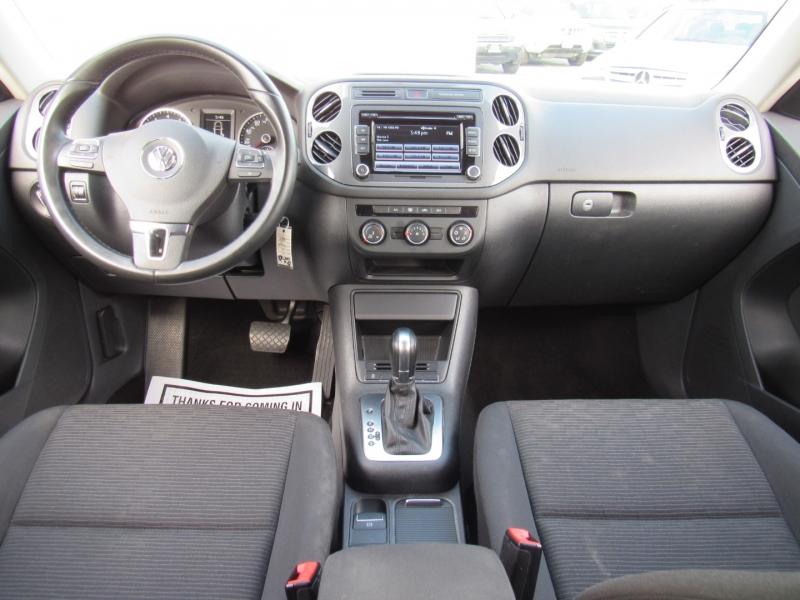 Volkswagen Tiguan 2015 price $11,888