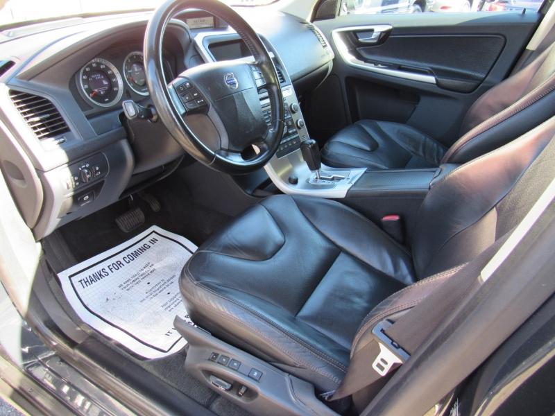 Volvo XC 60 2010 price $9,888
