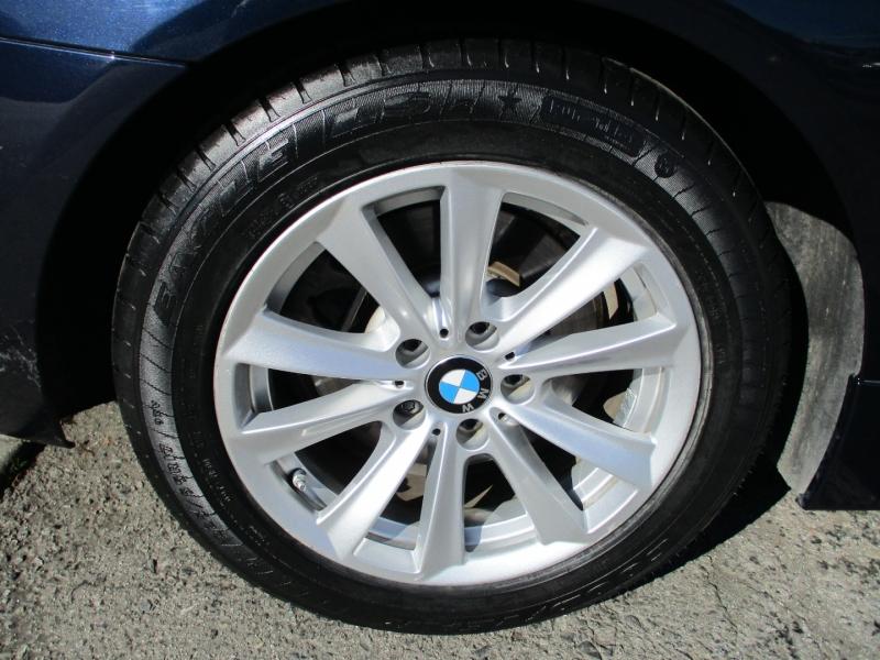BMW 5-Series 2015 price $17,588
