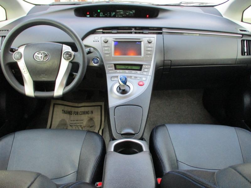 Toyota Prius 2015 price $14,888