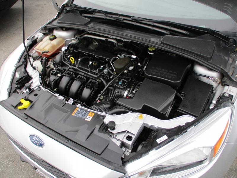 Ford Focus 2015 price $7,888