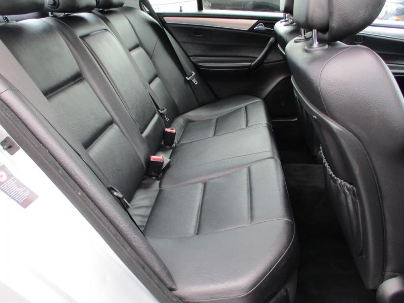 Mercedes-Benz C-Class 2006 price $7,888