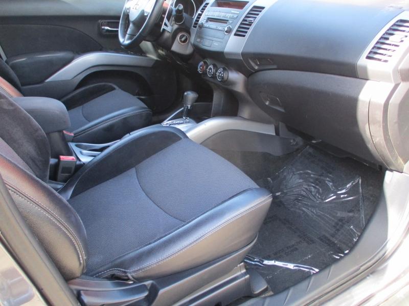 Mitsubishi Outlander 2010 price $8,888