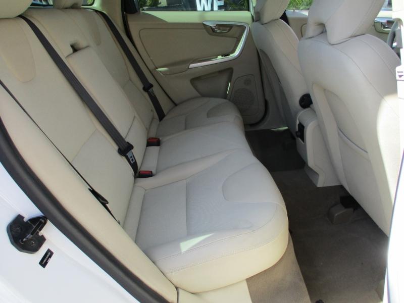 Volvo XC 60 2010 price $7,999