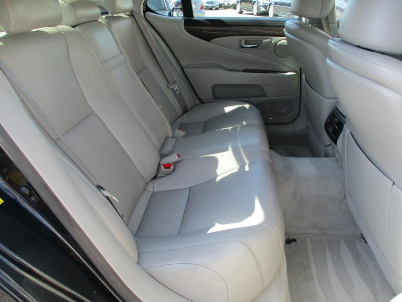 Lexus LS 460 2008 price $11,888