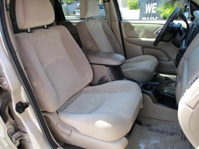 Mazda Tribute 2002 price $8,588