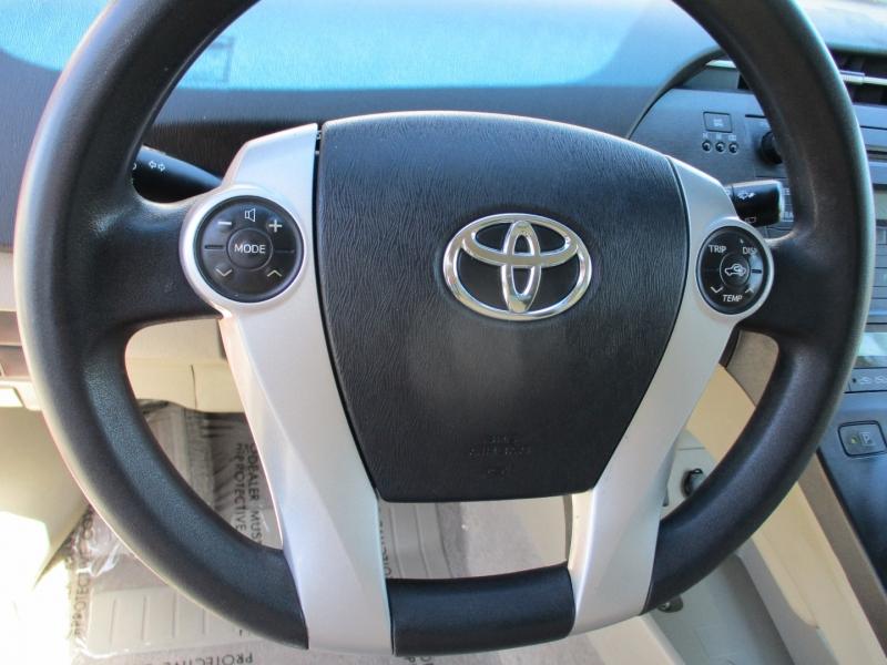 Toyota Prius 2010 price $9,888