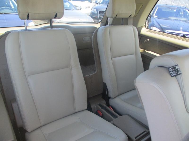 Volvo XC 90 2007 price $9,888