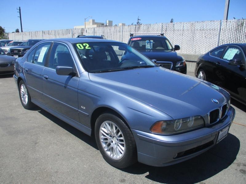 BMW 5-Series 2002 price $9,888