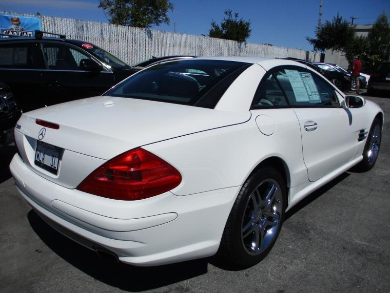 Mercedes-Benz SL500 2006 price $23,888