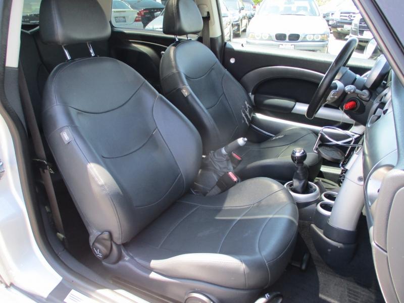 Mini Cooper Hardtop 2003 price $6,888