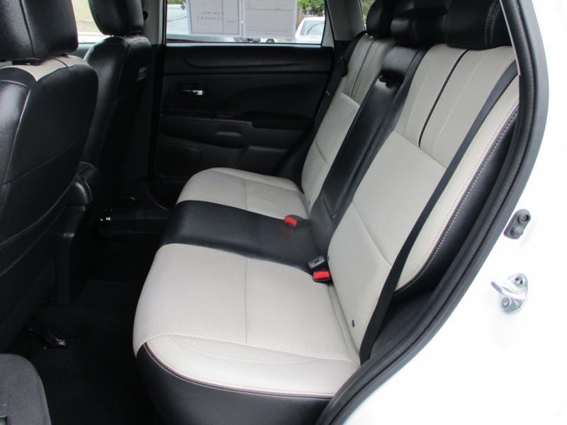 Mitsubishi Outlander 2013 price $13,588