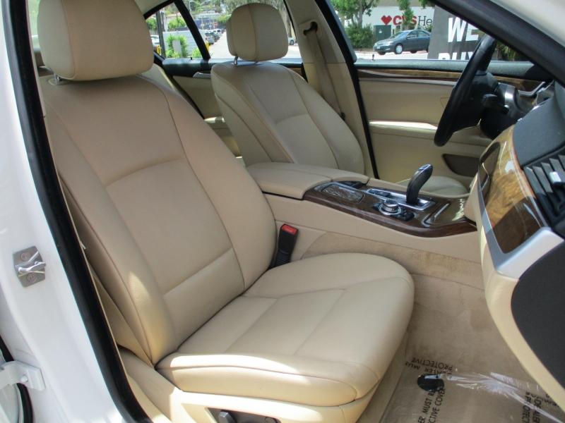 BMW 5-Series 2011 price $14,888