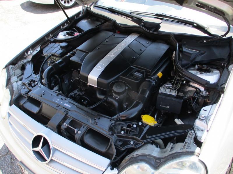 Mercedes-Benz CLK320 2003 price $5,888