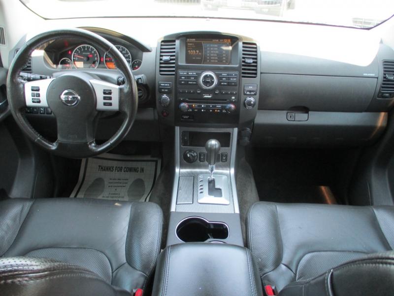 Nissan Pathfinder 2011 price $12,888