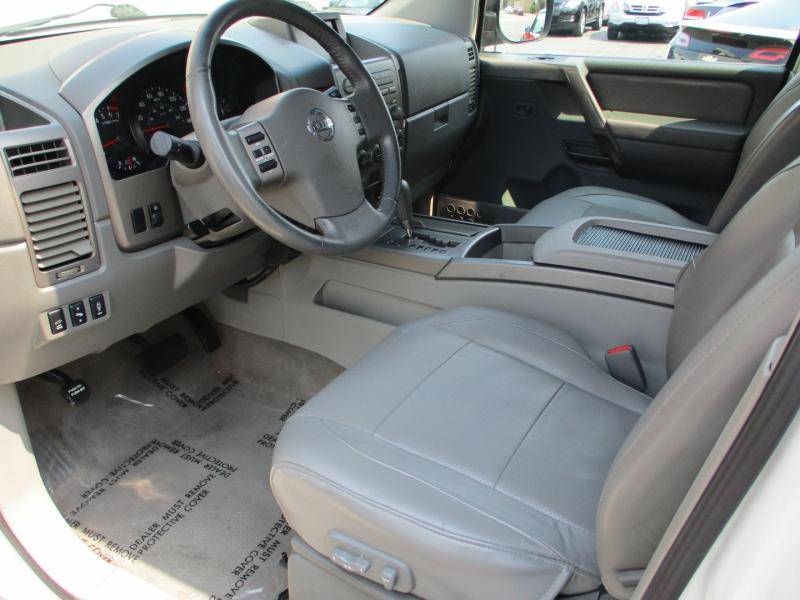 Nissan Pathfinder Armada 2004 price $10,588