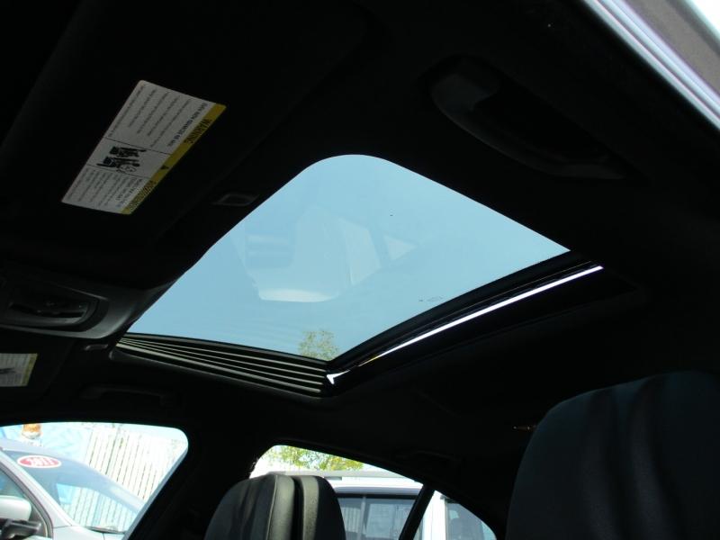 BMW 5-Series 2012 price $19,888