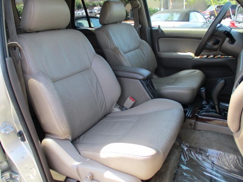 Toyota 4Runner 2002 price $9,888