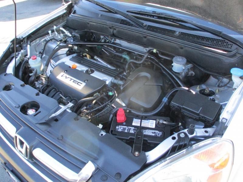 Honda CR-V 2004 price $6,588