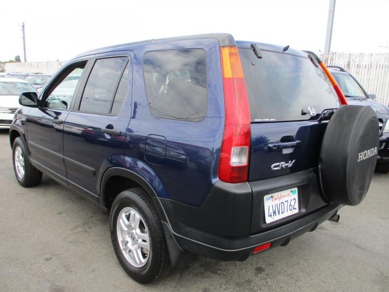 Honda CR-V 2002 price $5,888