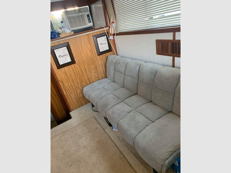 Carver Boats 3607 AFT 1984 price $41,000