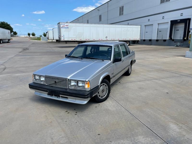 Volvo 740 GLE 1986 price $2,650