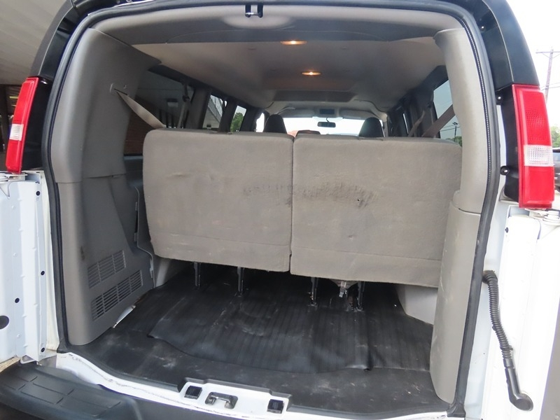 Chevrolet Express Passenger 2018 price $21,950