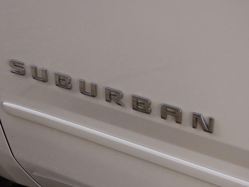 Chevrolet Suburban 2015 price $30,950