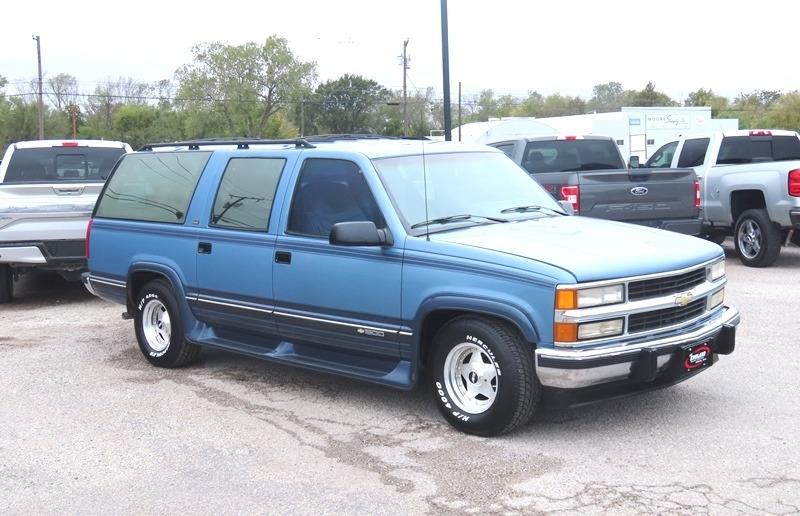 Chevrolet Suburban 1994 price $7,950